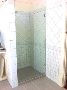 Nedlands---frameless-shower