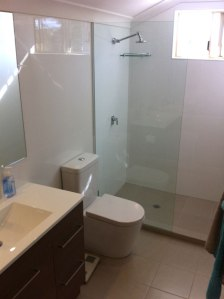 Churchands Avenue - ensuite and bathroom